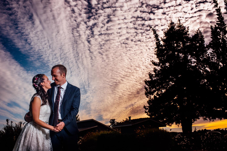 couple portraits at Deloach Winery Santa Rosa