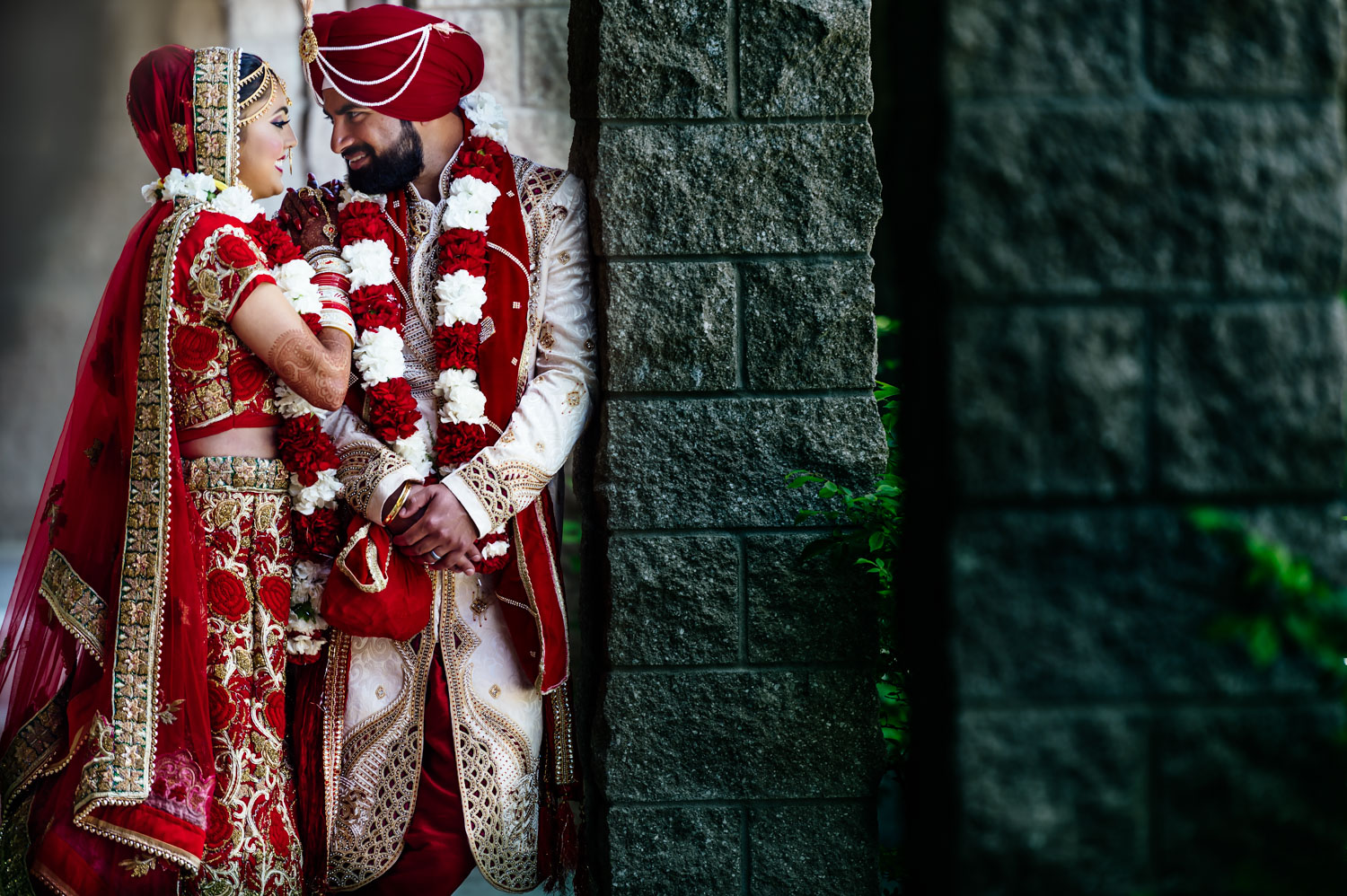 Indian Wedding Couple Pictures