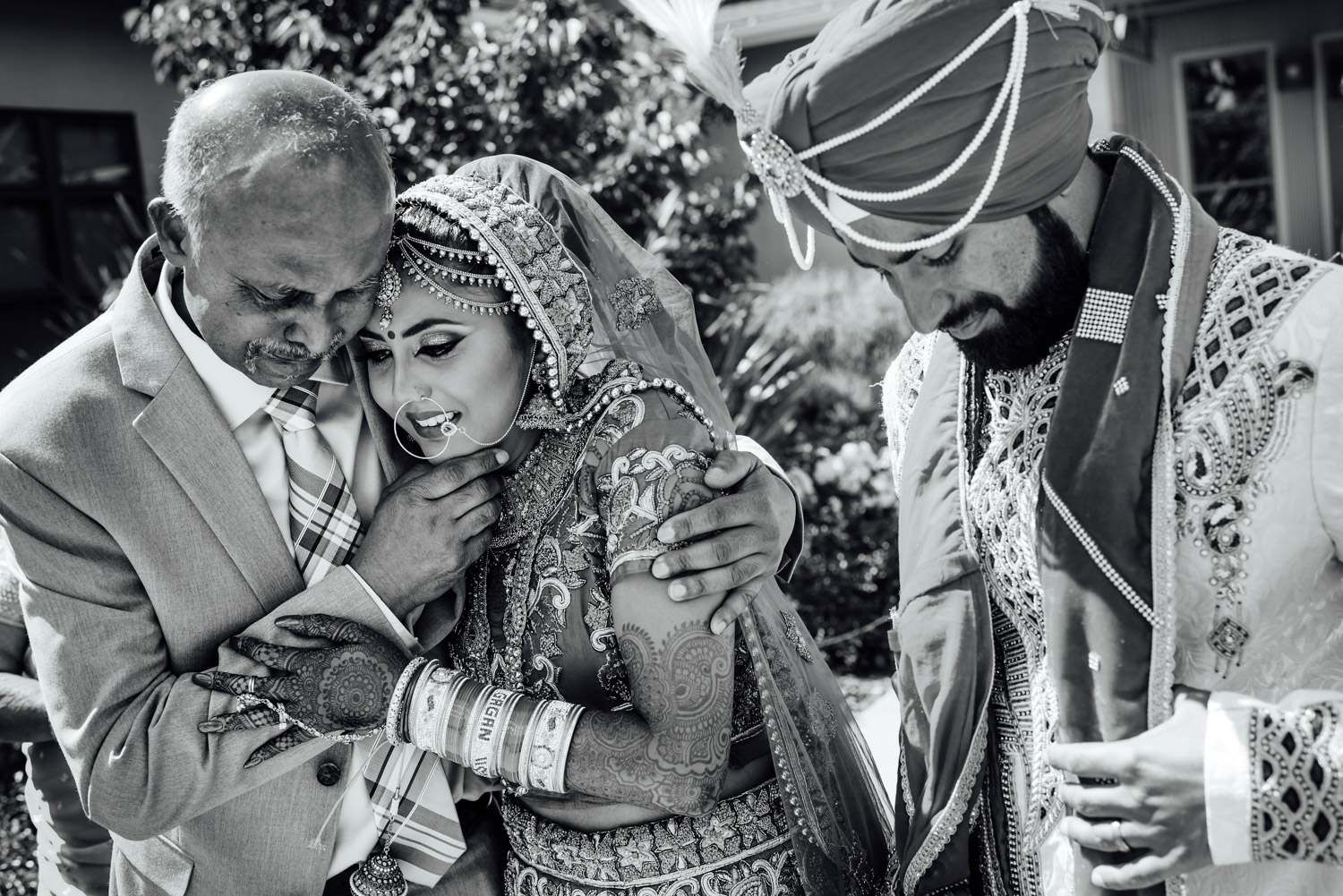 Indian Wedding Father Crying at Doli