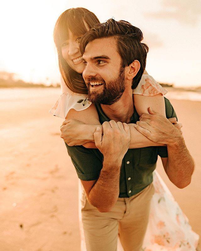 Engaged and in love in spades ♠️ #lookslikefilm #huffpostido #junebugweddings #jaxweddingphotographer
