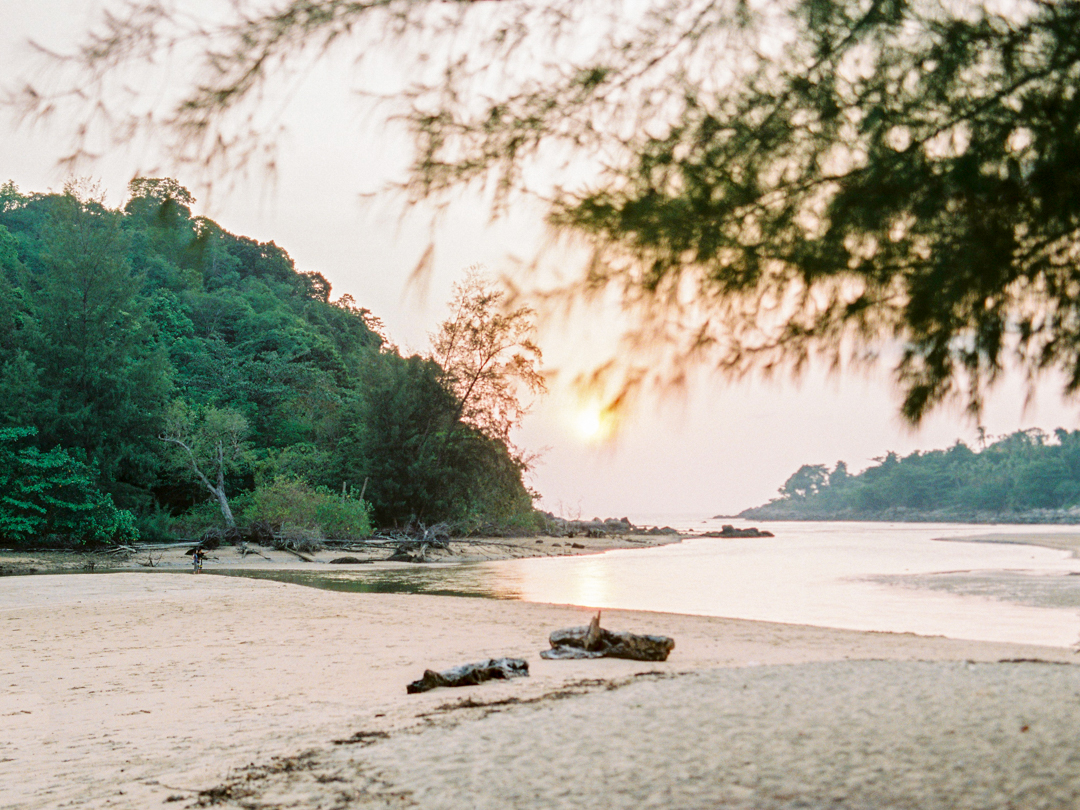 Engagement in Thailand _ Love Is My Favorite Color Photography _ Destination Wedding Photography 057.jpg