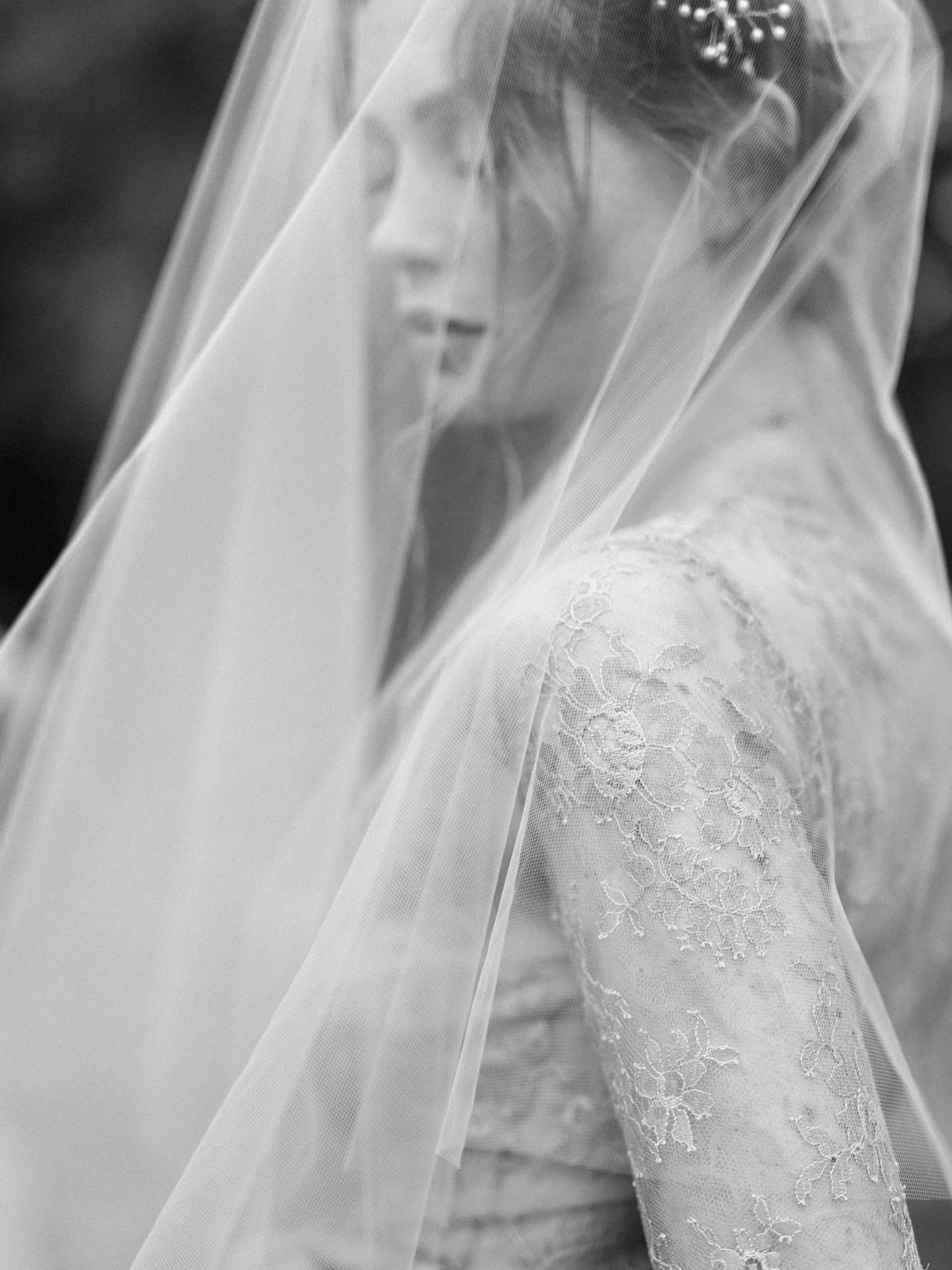Destination Wedding Photographer _ wedding photography _ film photography _ europe wedding photographer _ love is my favorite color_-35.jpg