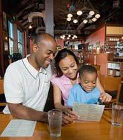 FamilyDiningOut1.jpg