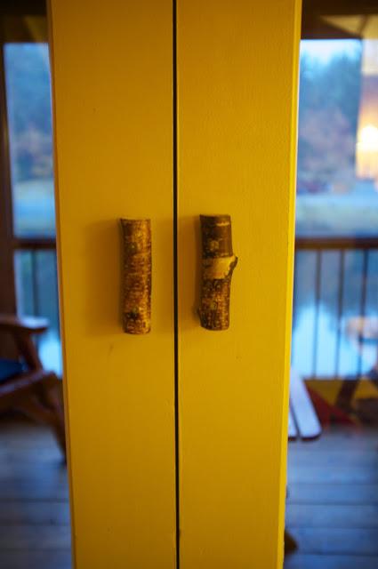 Bright door trim with branch handles