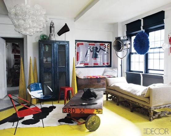 Antiques Dealer Liza Sherman's Manhattan Apartment | Photography by Simon Upton, via Ell  e Decor