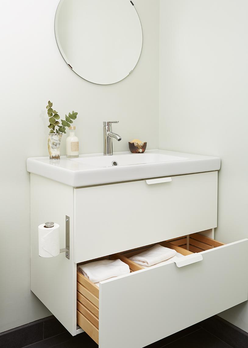 BizJones_210PresidentStreet_1R_Bathroom_A_web.jpg