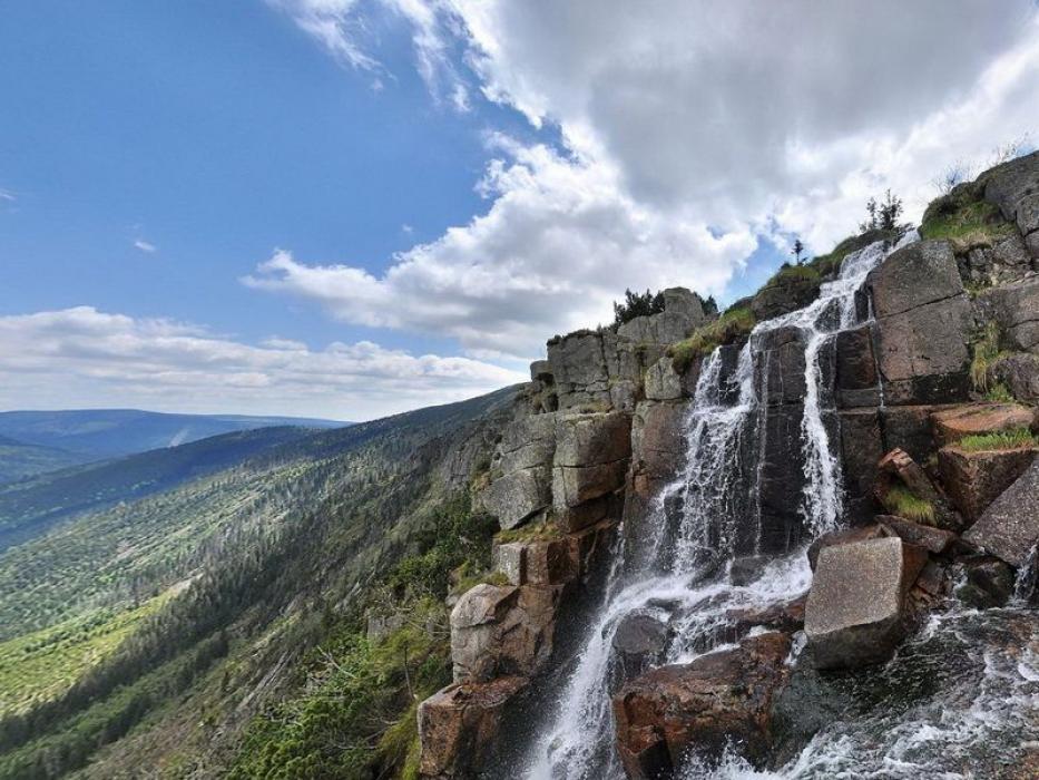 mumlavske vodopady.jpg