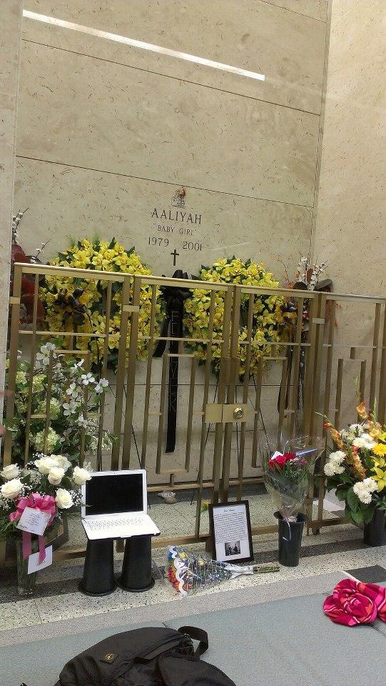 Where is aaliyah buried