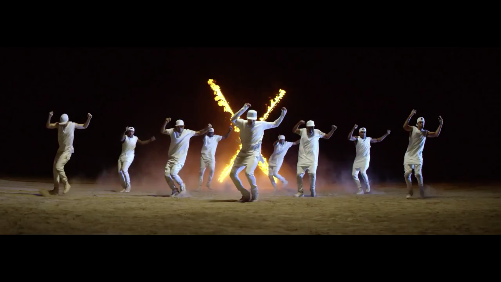 chris brown dancing fast in new flame.jpg