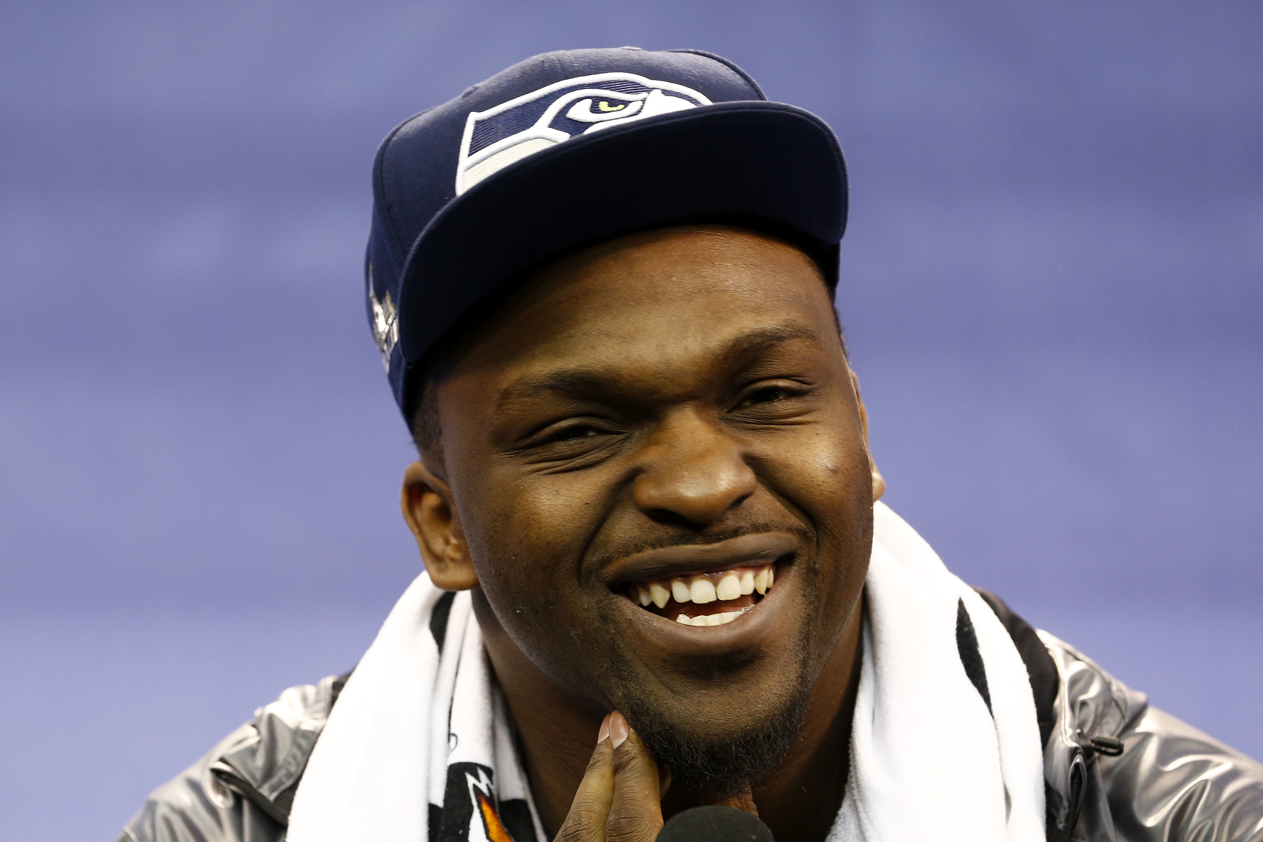 close up on cliff avril's hot face.jpg