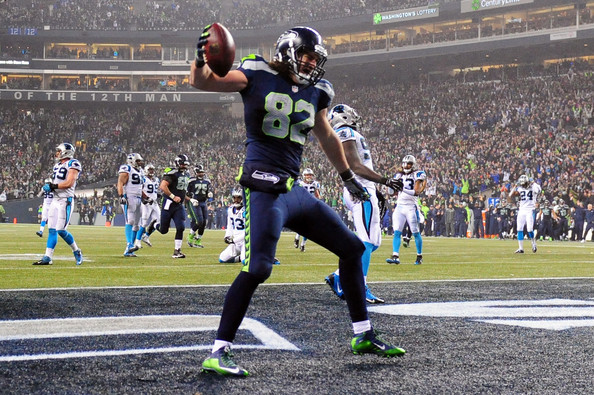 Luke Willson scoring a touchdown against the bad Panthers.jpg