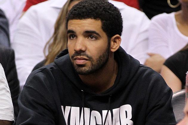 Drake looking really hot watching basketball.jpg