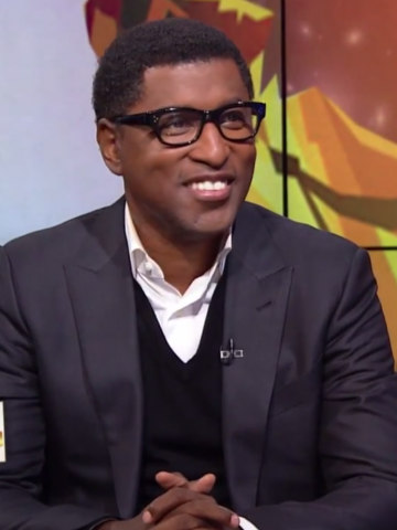 Babyface looking really hot and smiling during an interview.jpg