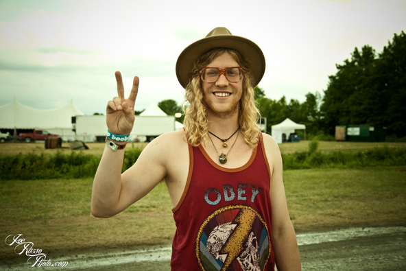 Allen Stone looking hot in a tank top and a hat.jpg