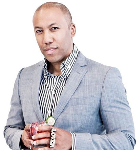 Vikter Duplaix looking extremely hot in a suit.jpg