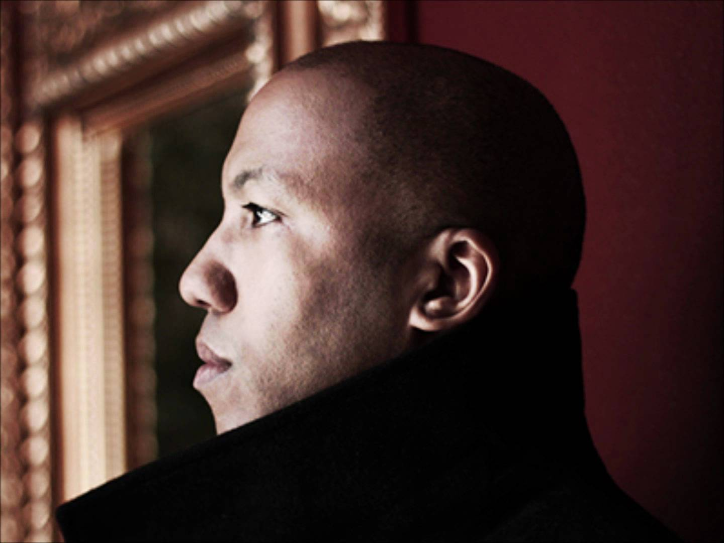 Vikter Duplaix focusing his attention on something and looking hot at the same time.jpg