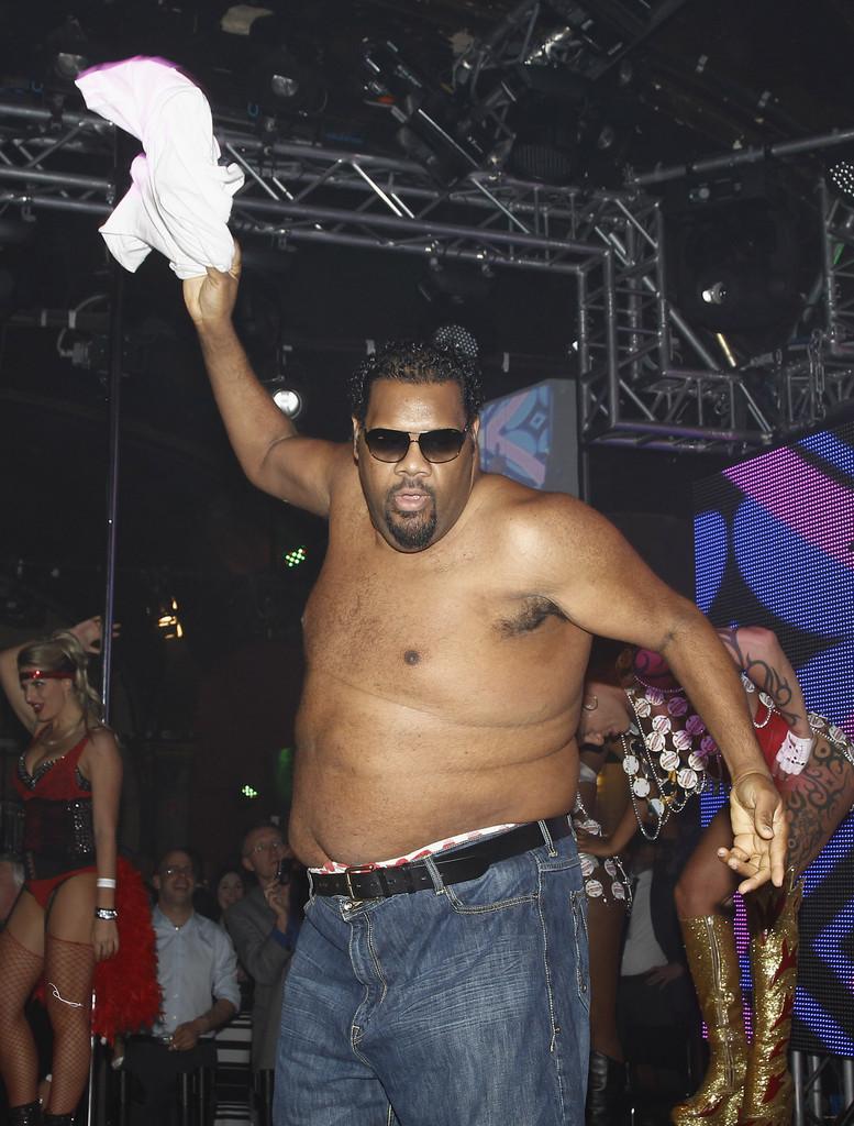 Fatman Scoop looking hot in the club as he is partying.jpg