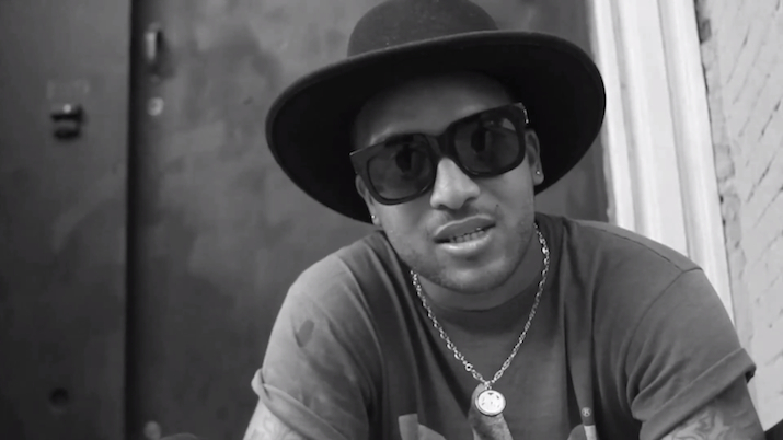 Ro James looking really hot with sunglasses on.jpg