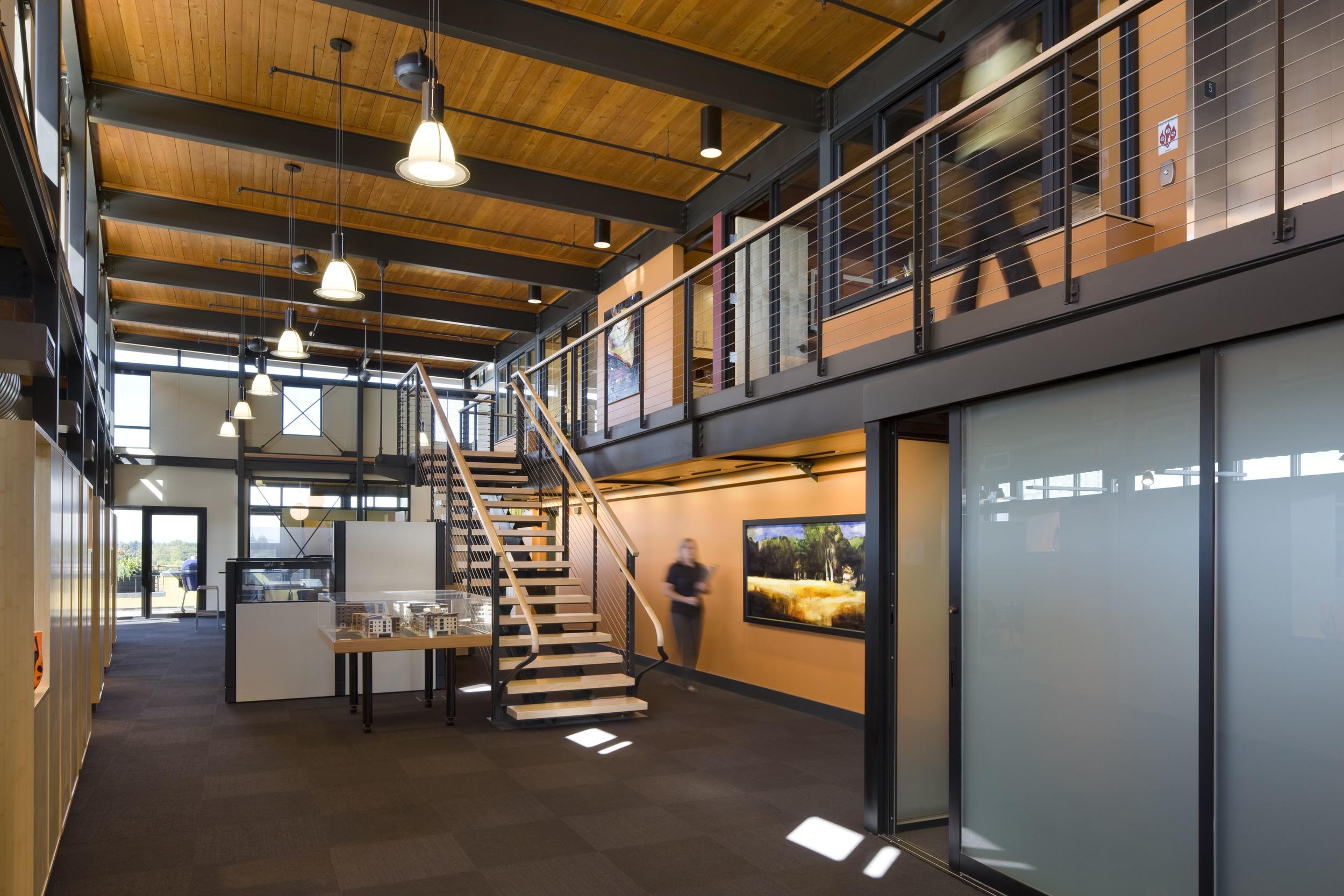 609-5_01_Arlie_Offices_main_room1.jpg