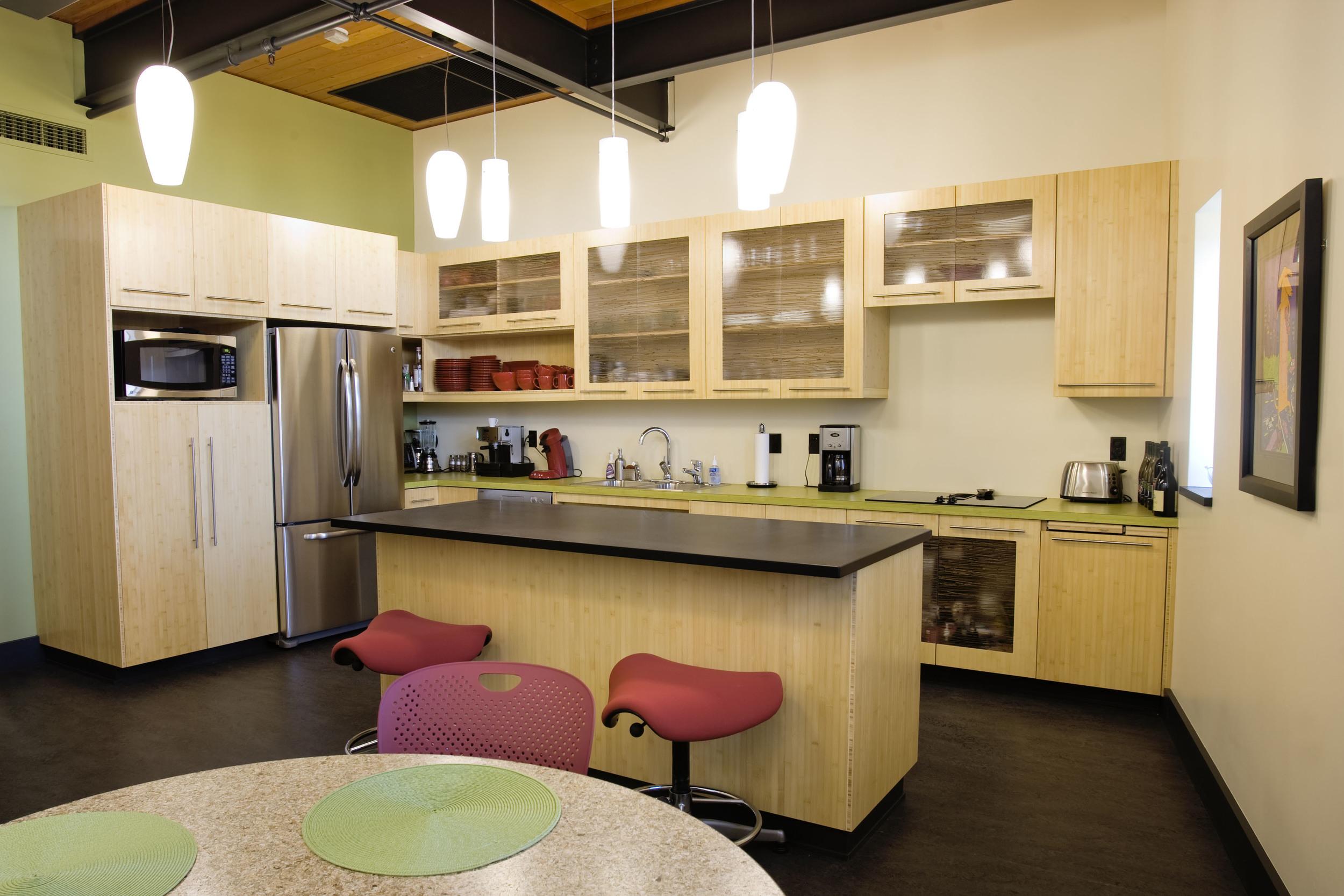 609-5_13_Arlie_Offices_kitchen.jpg