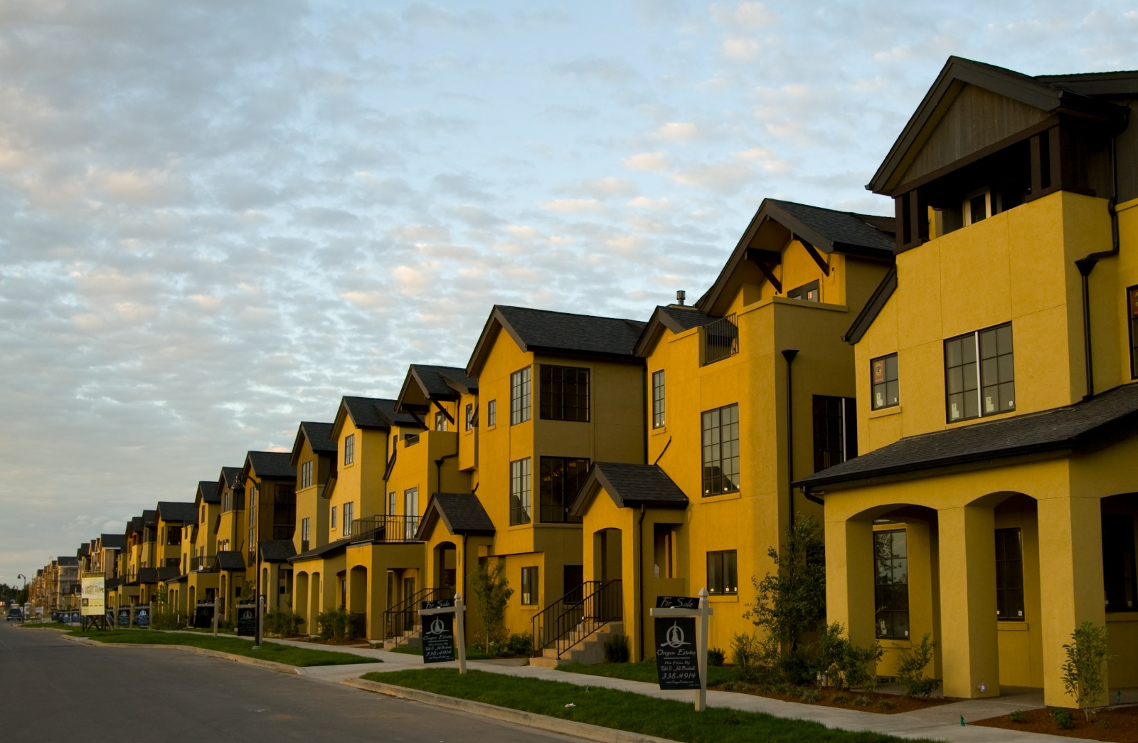 Crescent Village Townhouses