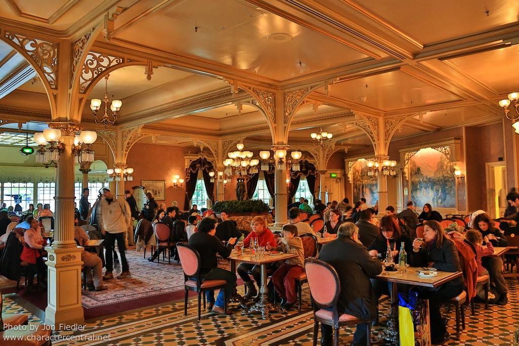 plaza-gardens-restaurant-6.jpg