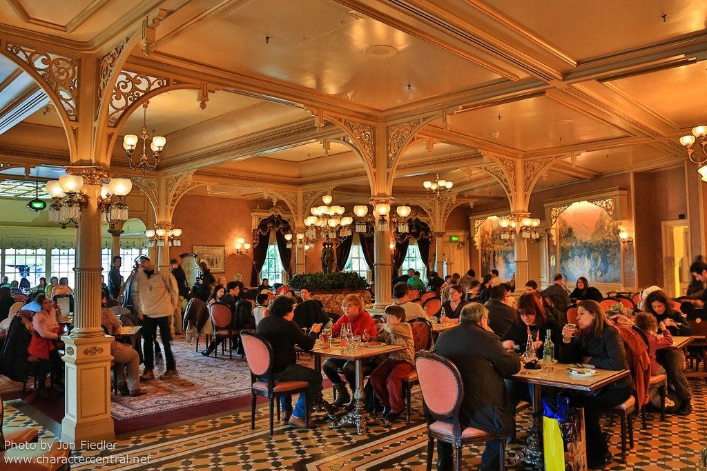 plaza-gardens-restaurant-6-1.jpg