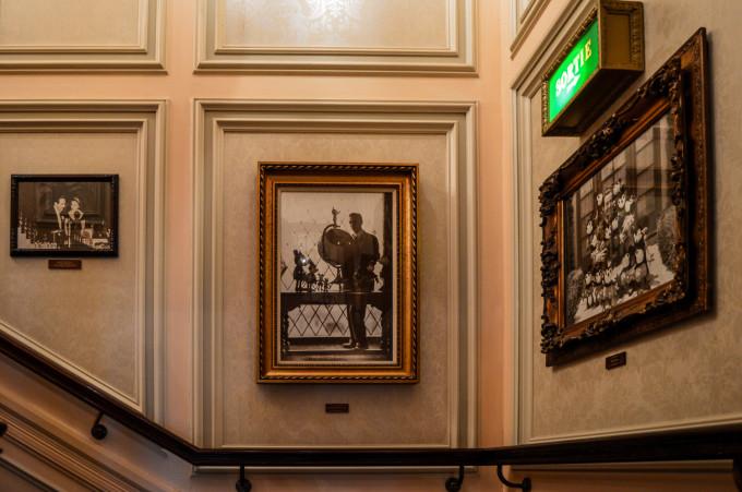 disneyland_paris_walts_staircase2-680x451.jpg