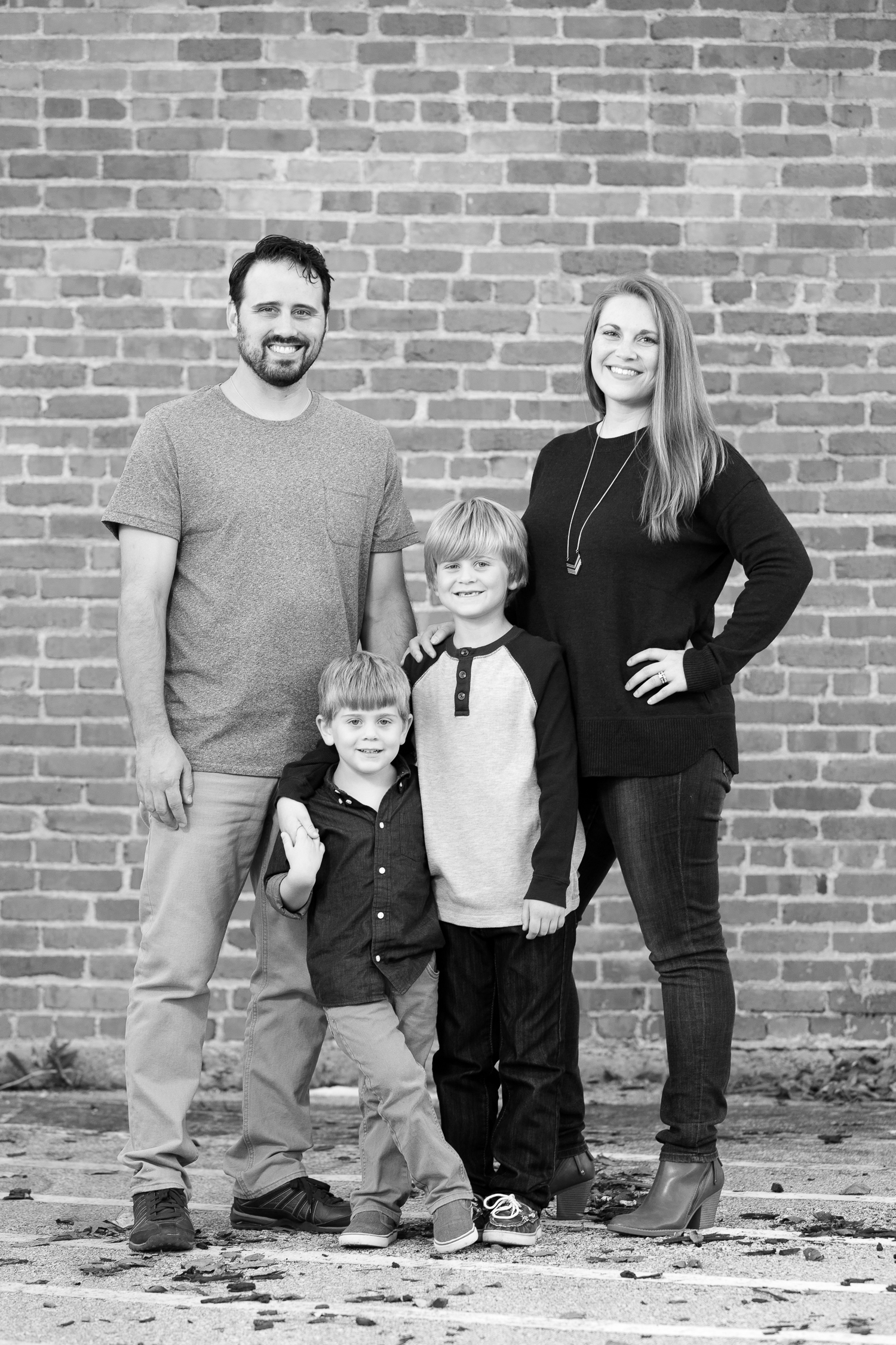 Family Photos Locations Kansas City | downtown lee's summit | Anthem Photography | www.anthem-photo.co - 01.jpg.jpg