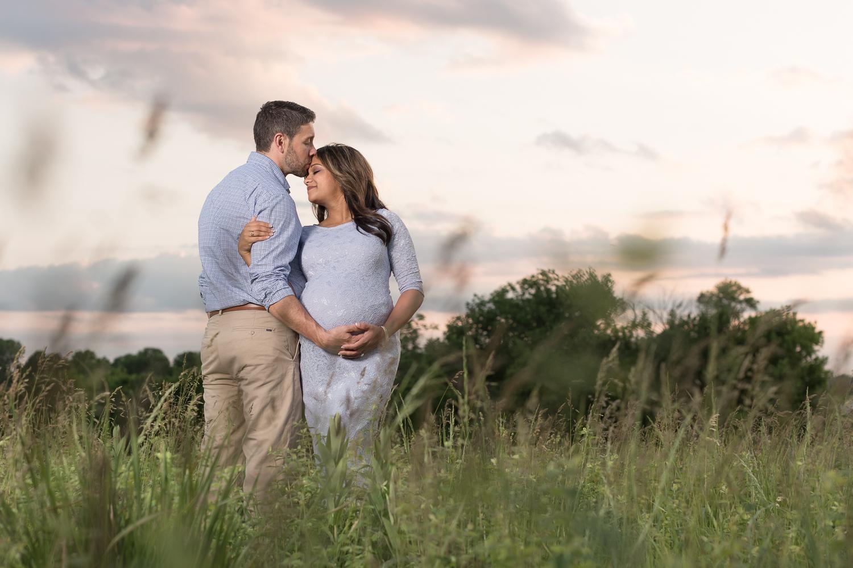 Nisha and Eric Maternity  - Kansas City Family Photographer | Blue Springs | Lake Jacomo | Maternity Portraits | Sunset Portraits | www.anthem-photo.com Anthem Photography| Anthem Photography | wwww.anthem-photo.com | 003.jpg
