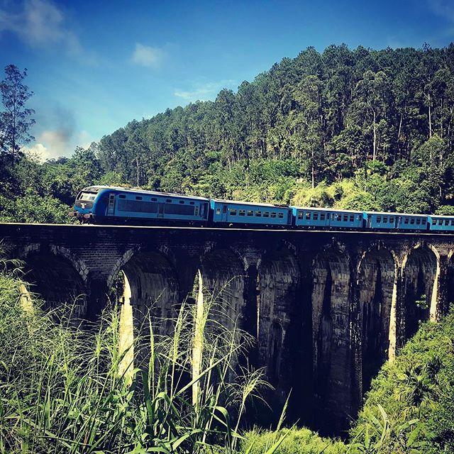 #train #srilanka #teaestate #iphonexs