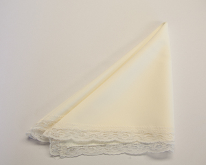 Ivory Napkin with Lace Trim