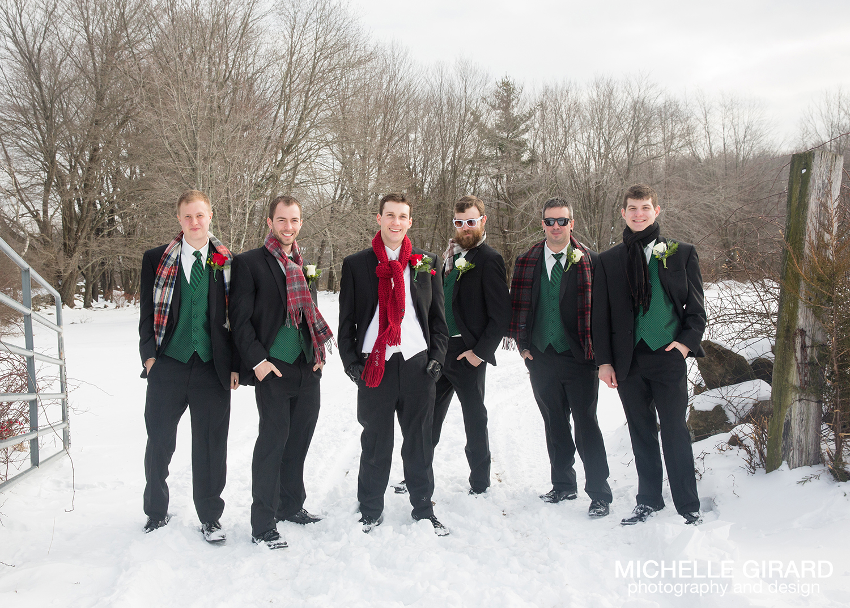 WinterWedding_SalemCrossInn_MichelleGirardPhotography23.jpg