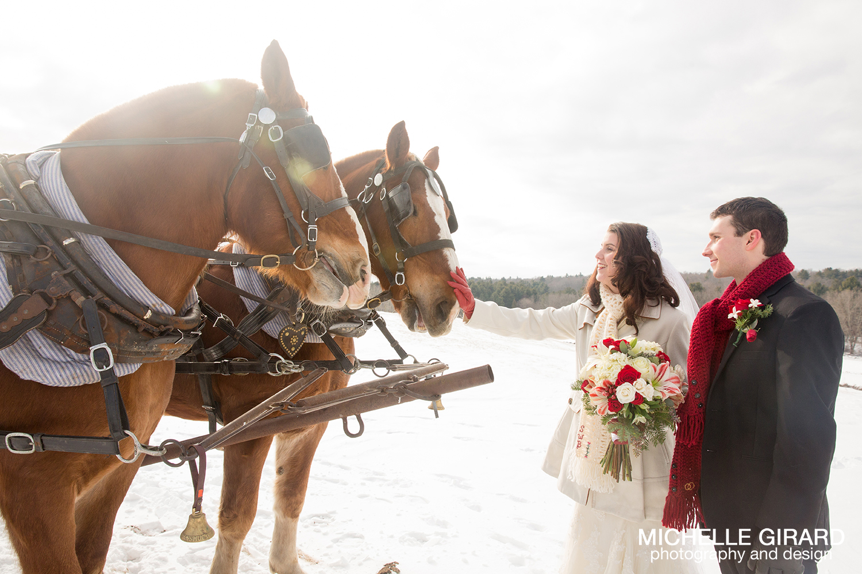WinterWedding_SalemCrossInn_MichelleGirardPhotography26.jpg