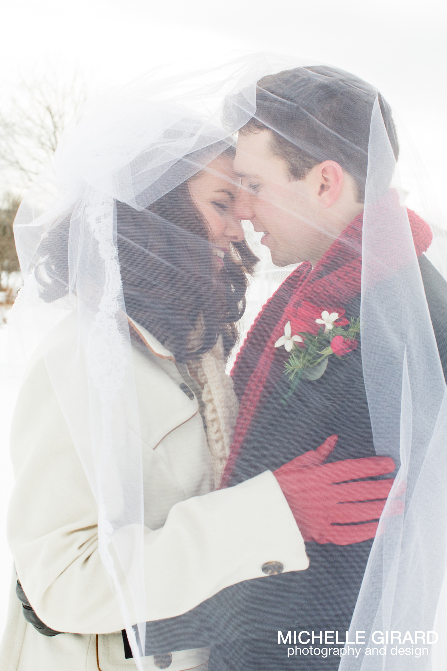WinterWedding_SalemCrossInn_MichelleGirardPhotography30.jpg