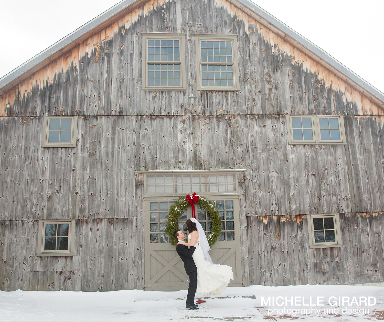 WinterWedding_SalemCrossInn_MichelleGirardPhotography32.jpg