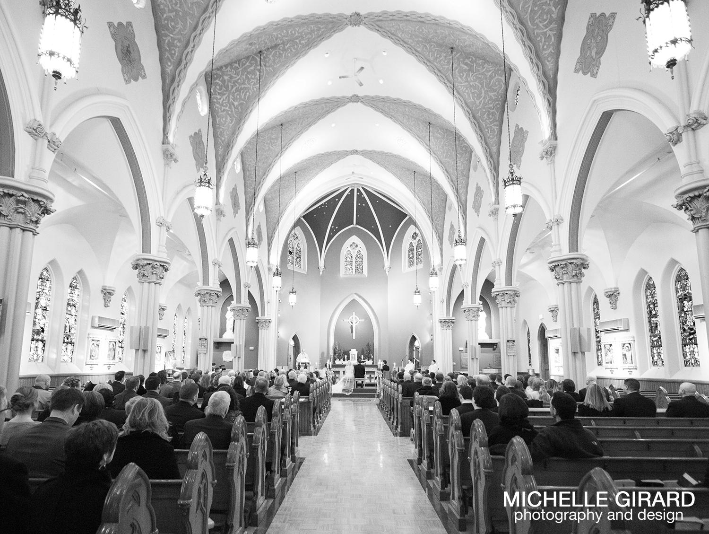 TheRiverviewWinterWedding_SimsburyCT_MichelleGirardPhotography022.jpg