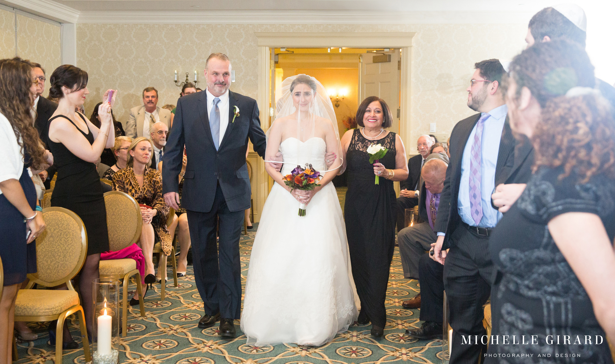 LordJefferyInnWedding_AmherstMa_MichelleGirardPhotography31.jpg