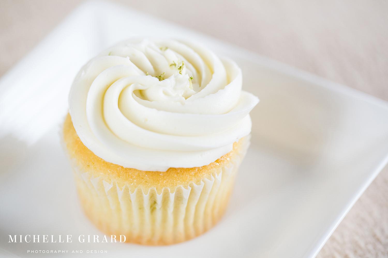 Cupcakes_NinasCookies_FeedingHillaMA_MichelleGirardPhotography11.jpg
