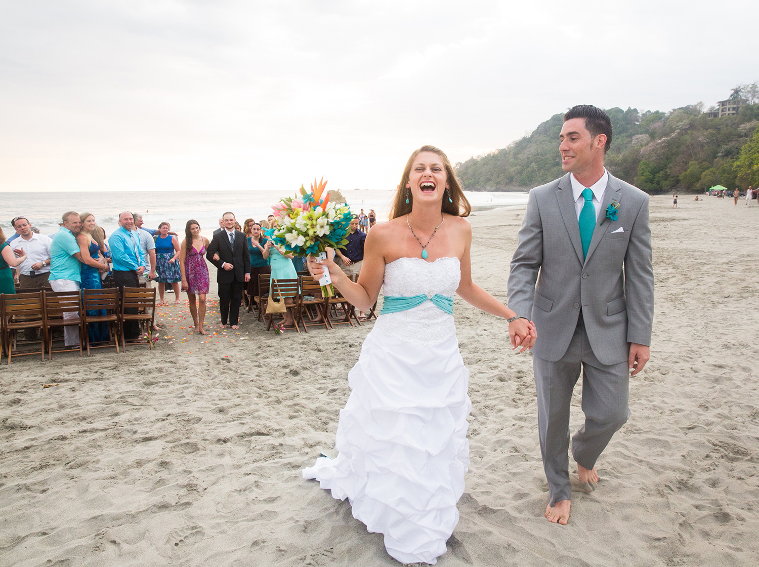 CostaRica_BeachWedding_MichelleGirardPhotography02.jpg