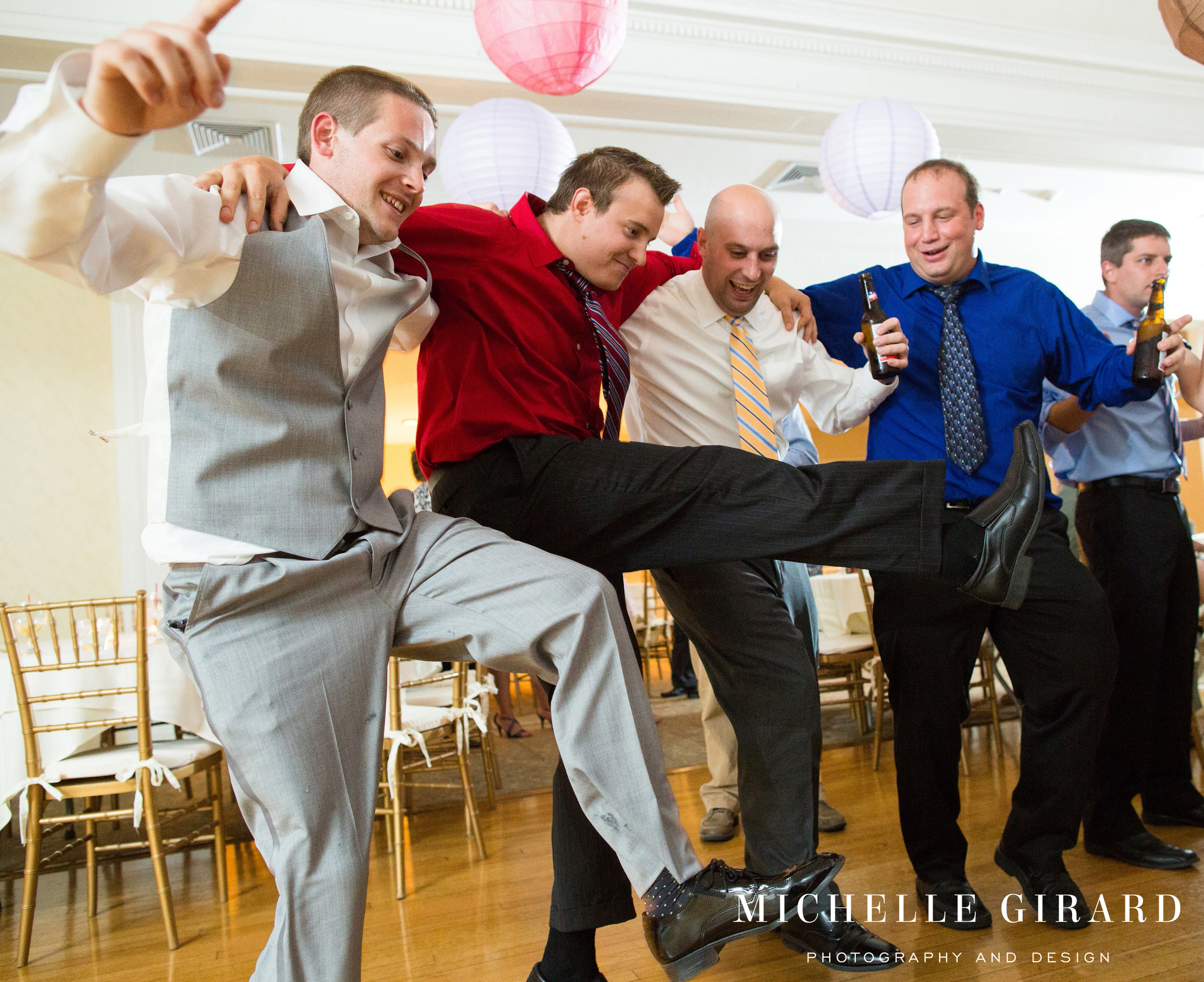 CountryClubofPittsfield_SummerWedding_BerkshireCounty_MichelleGirardPhotography_33.jpg