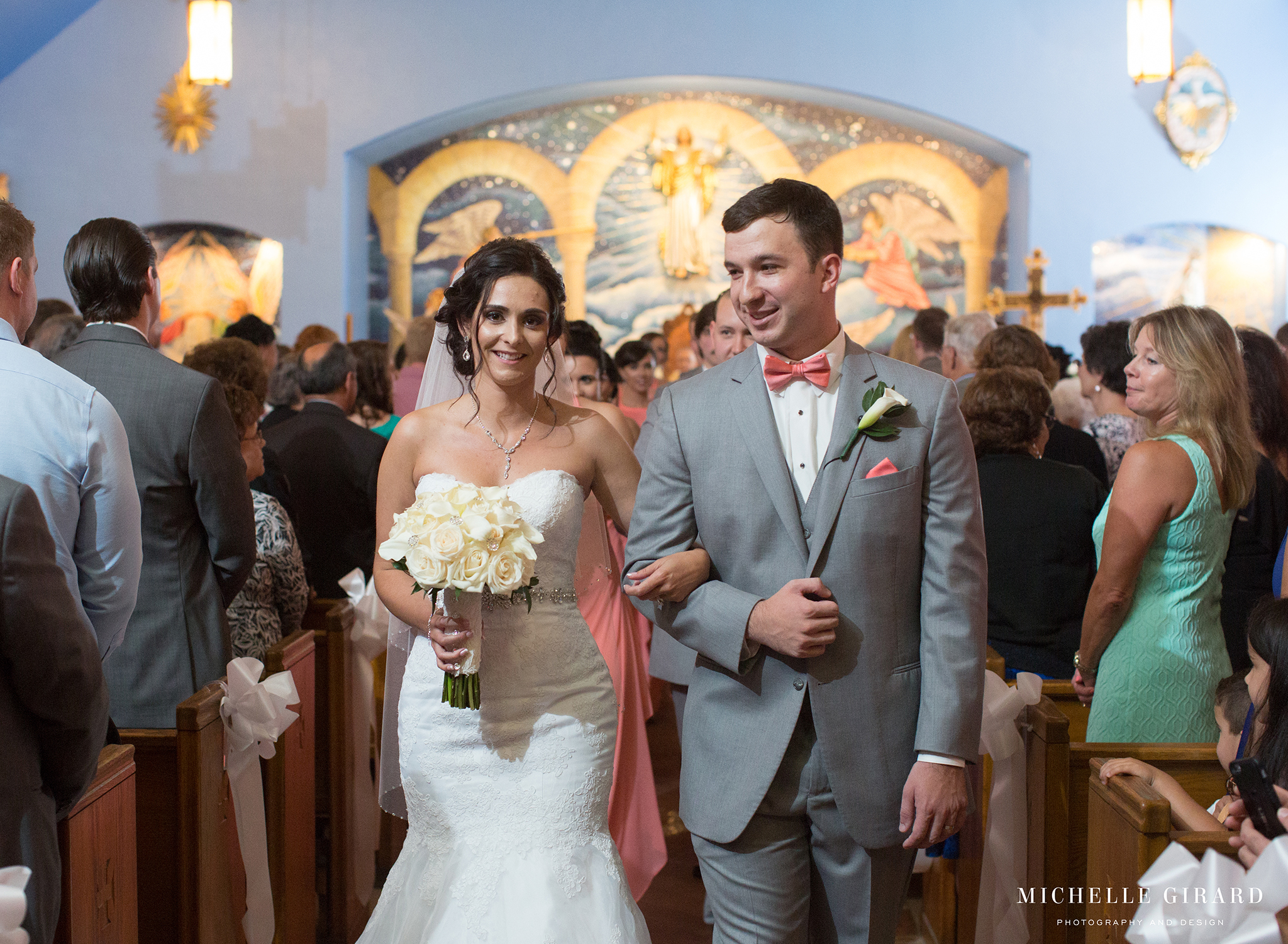 TraditionalLudlowMAWedding_MichelleGirardPhotography02.jpg