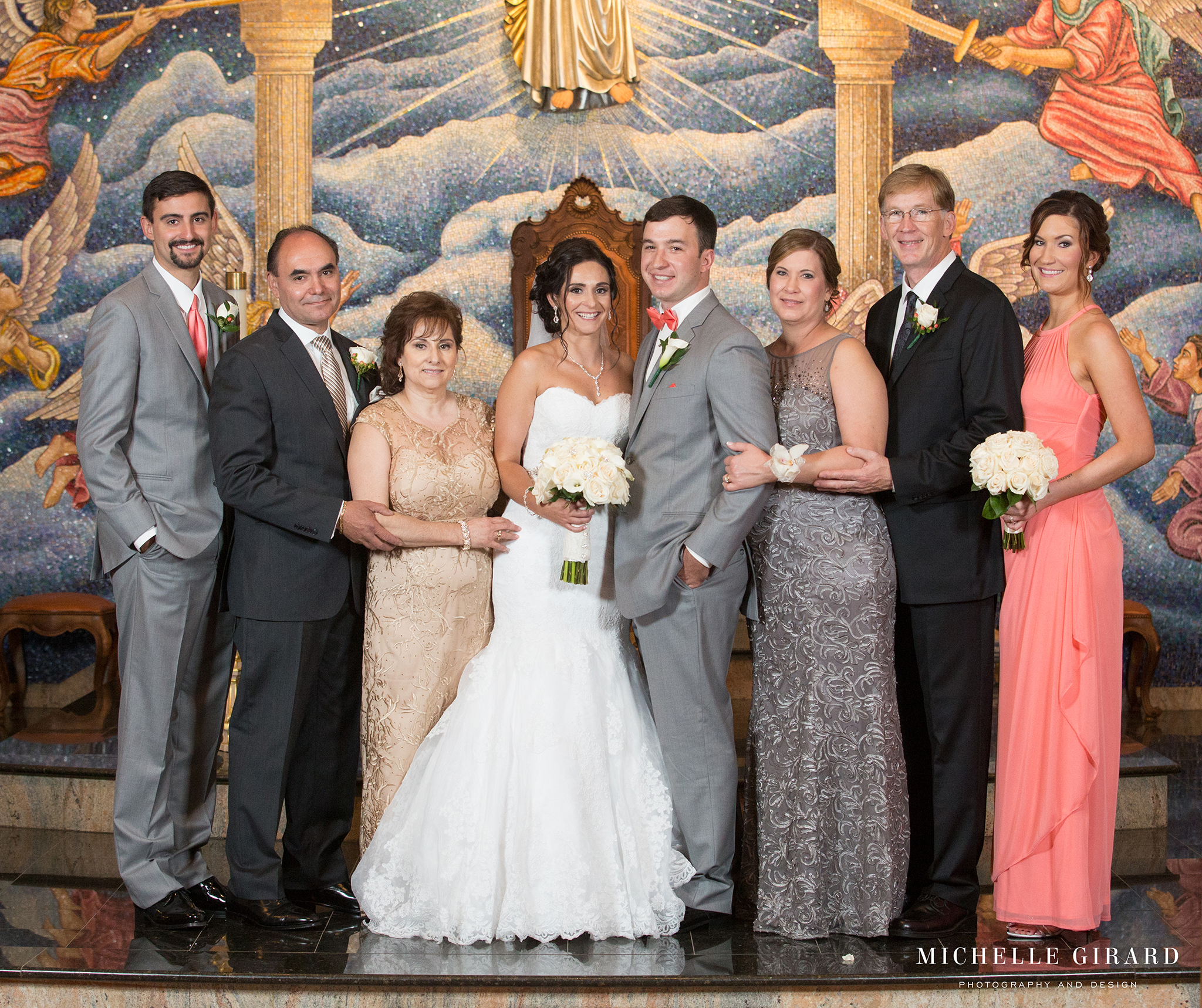 TraditionalLudlowMAWedding_MichelleGirardPhotography03.jpg