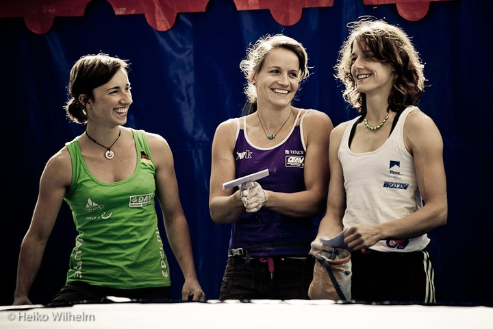 having fun at the comps with jule and mel - pic: heiko wilhelm