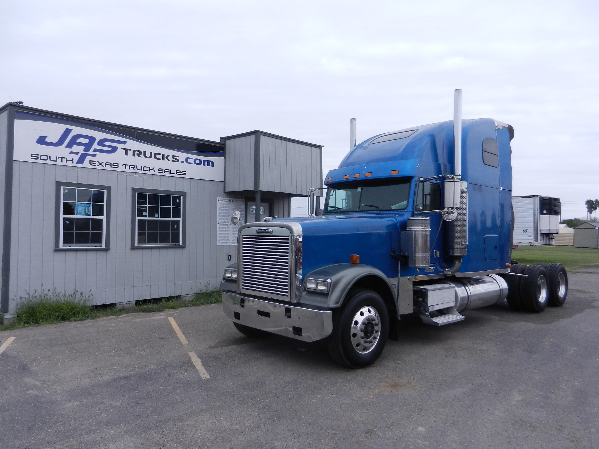 Commercial Truck Sales Freightliner Xl