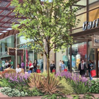 Santa Clarita retail square 2016.jpg