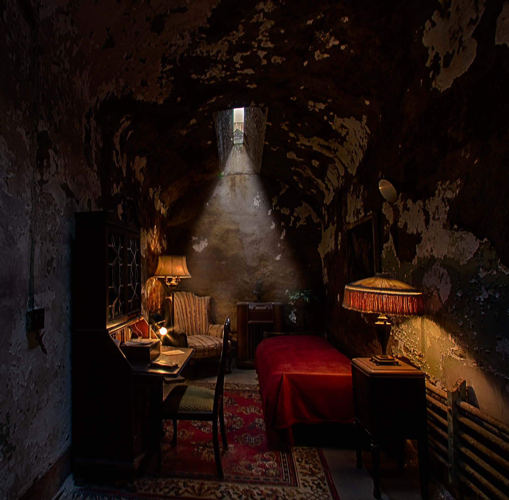 Al Capone's special cell at Eastern State Penitentiary