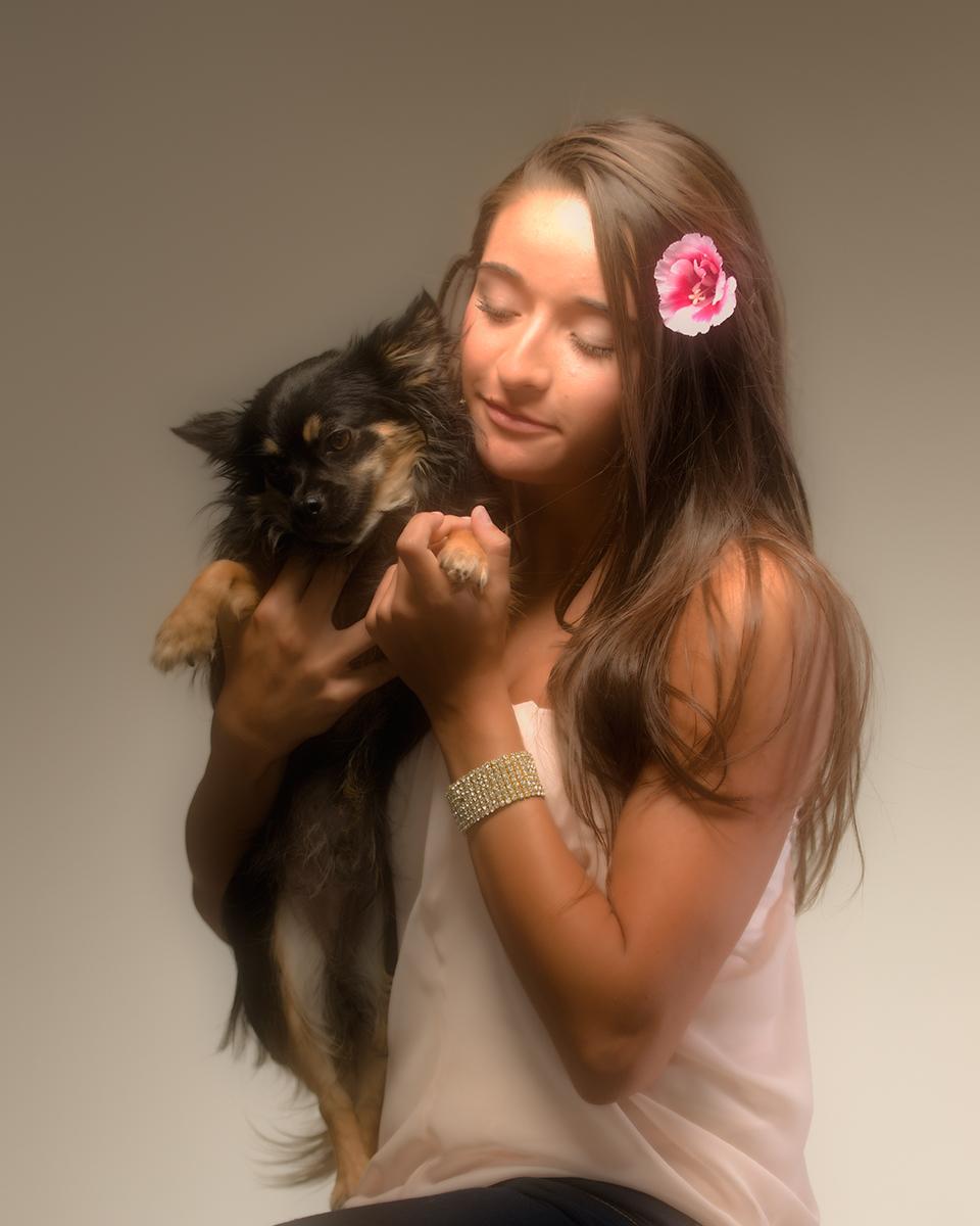 Alexis_20110716_0166_with_dog_soft_glow.jpg