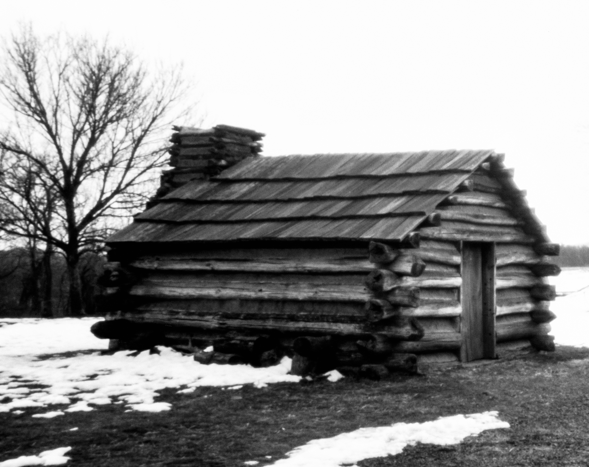 4x5_for_365_project_058_Valley_Forge_NHS_muhlenburg_cabin.jpg