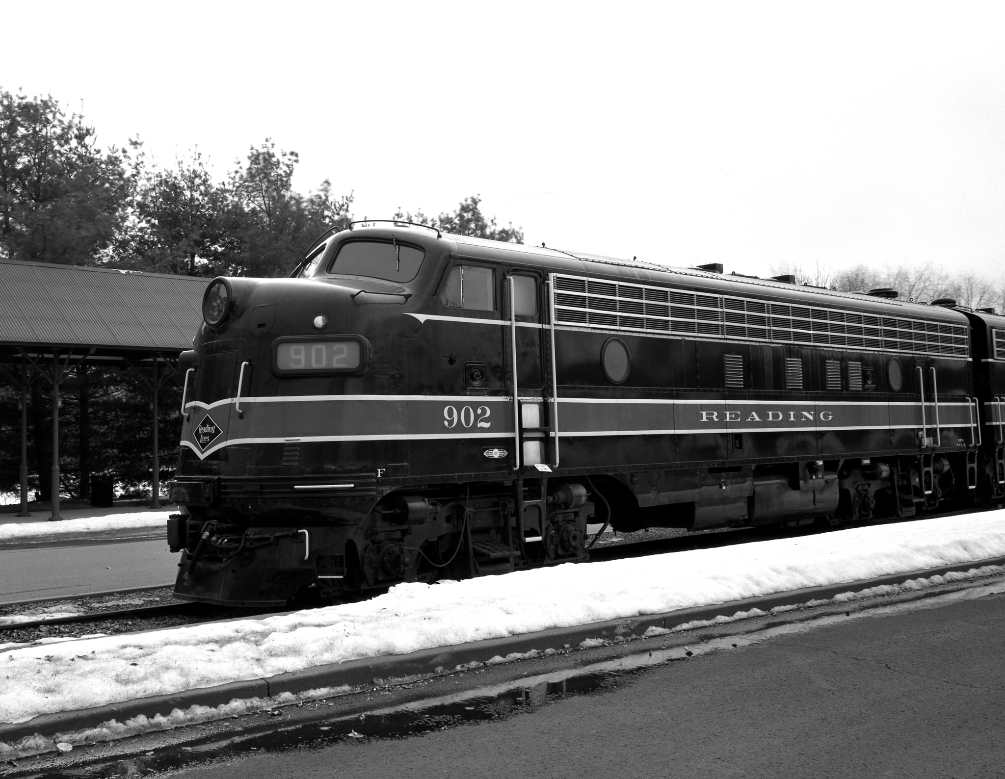 4x5_for_365_project_067_Steamtown_Reading_loco_902.jpg